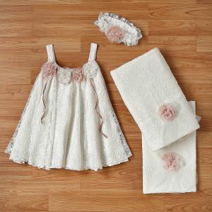 Ολοκληρωμένο πακέτο βάπτισηs με αυτό το φόρεμα (New Life Κωδ.2202-9-100) Με βαλίτσα rain η παγκάκι θρανίο