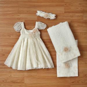 Ολοκληρωμένο πακέτο βάπτισηs με αυτό το φόρεμα (New Life Κωδ. 2212-8-100) Με βαλίτσα rain η παγκάκι θρανίο