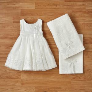 Ολοκληρωμένο πακέτο βάπτισηs με αυτό το φόρεμα (New Life Κωδ.2246-2-100) Με βαλίτσα rain η παγκάκι θρανίο