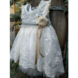 Ολοκληρωμένο πακέτο βάπτισηs με αυτό το φόρεμα (La christine Κωδ.Κ-18-330-110) Με βαλίτσα rain η θρανίο παγκάκι!!!!