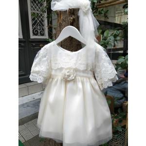 Ολοκληρωμένο πακέτο βάπτισηs με αυτό το Φόρεμα  (Makis Tselios Κωδ.26001) Προσφορά Με βαλίτσα rain η θρανίο παγκάκι!!!!