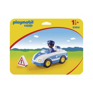 Μην αφήσεις τους δράστες να σου ξεφύγουν! Μπες στο περιπολικό αστυνομίας της Playmobil, καταδίωξέ τους και κλείσε τους στη φυλακή.Περιλαμβάνει τροχαλία για ακόμα μεγαλύτερη δράση.  Χαρακτηριστικά Κατάλληλο για: Παιδιά άνω των 18 μηνών Διαστάσεις: 5.1 x 2.